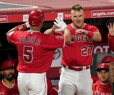 """Trout says he """"broke down"""" over Pujols' departure from Halos"""