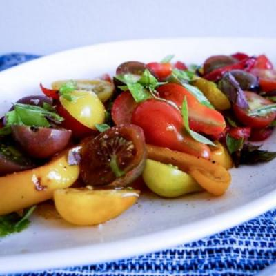 GRILLED PEPPER AND TOMATO SALAD