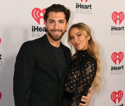 Kaitlyn Bristowe & Jason Tartick Are Engaged & Their Proposal Story Is Cute AF