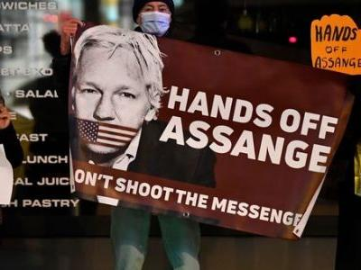 British Court Rejects U.S. Request To Extradite Wikileaks Founder Julian Assange