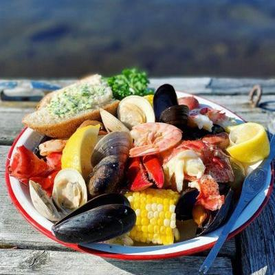 How to Cook an East Coast Seafood Boil