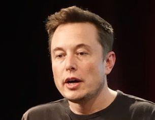 Elon Musk Reveals Tesla Bank Account in Europe has Negative Interest Rates   Real-Time Drop While CEO Imagines Crypto