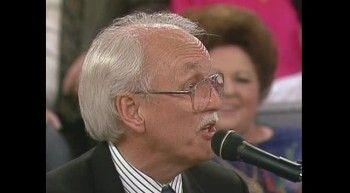 Vestal Goodman, Ben Speer, Bill Gaither, Gary McSpadden and Jessy Dixon - Medley: Revive Us Again / I Just Feel Like Something Good Is About to Happen
