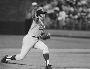 Mike Marshall, 1st reliever to win Cy Young, dies at 78