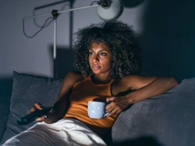 7 Expert-Backed Tips To Stop Bedtime Procrastination For Good