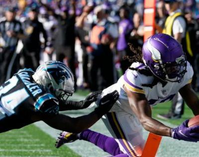 Panthers fall in overtime to Vikings, 34-28